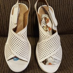 Clark's sandal wedges